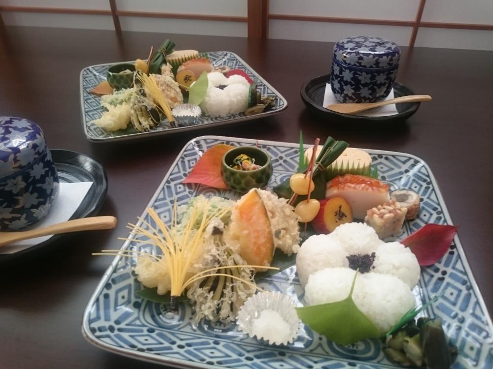 『 あゆみ茶ゎん セット 』 2300円(税・サ 別)